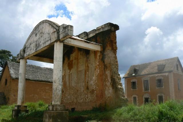 Mahavelona - old buildings