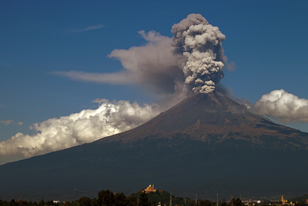 a report on popocatepetl an active volcano in mexico Home geology volcanic eruption popocatepetl volcano explodes three times on but mt popocatepetl may be of even the olive branch report sep 25, 2017 at.