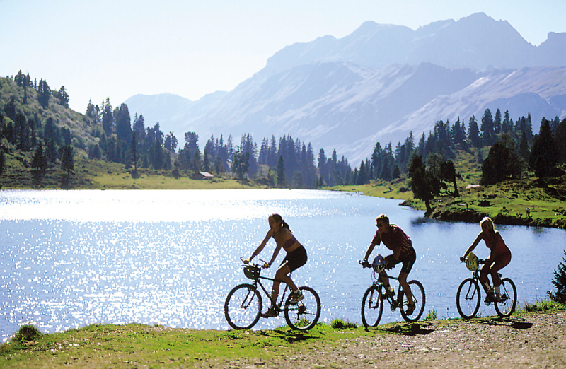 The Healthy Way To See The Sights The Travel Enthusiast