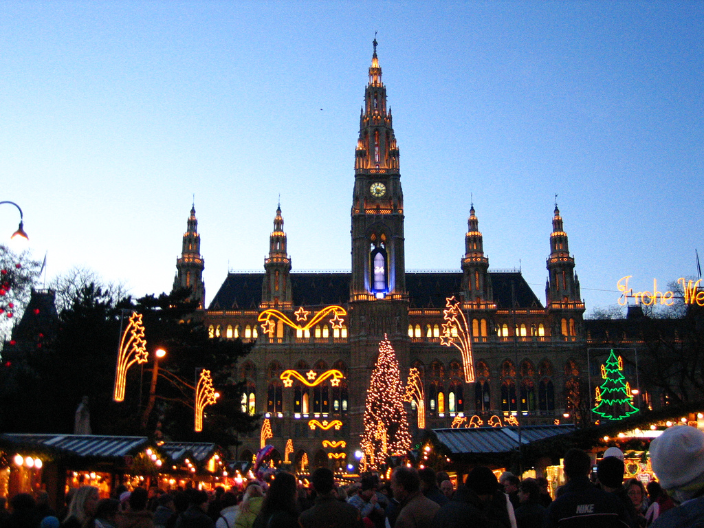 The best christmas markets to visit in 2011 for Best hotel in vienna for christmas