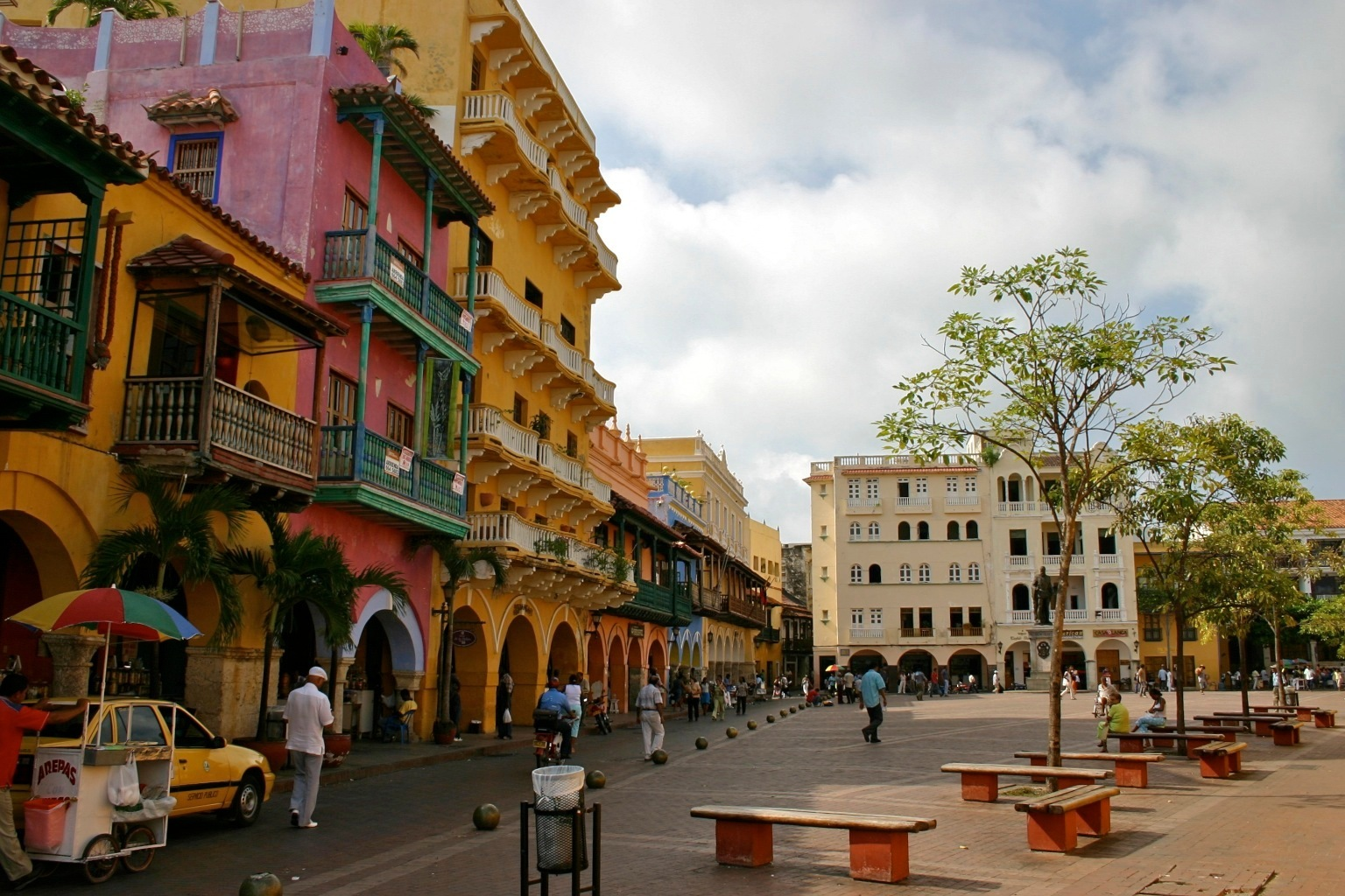The Traveler's Guide To Historical Cartagena, Colombia