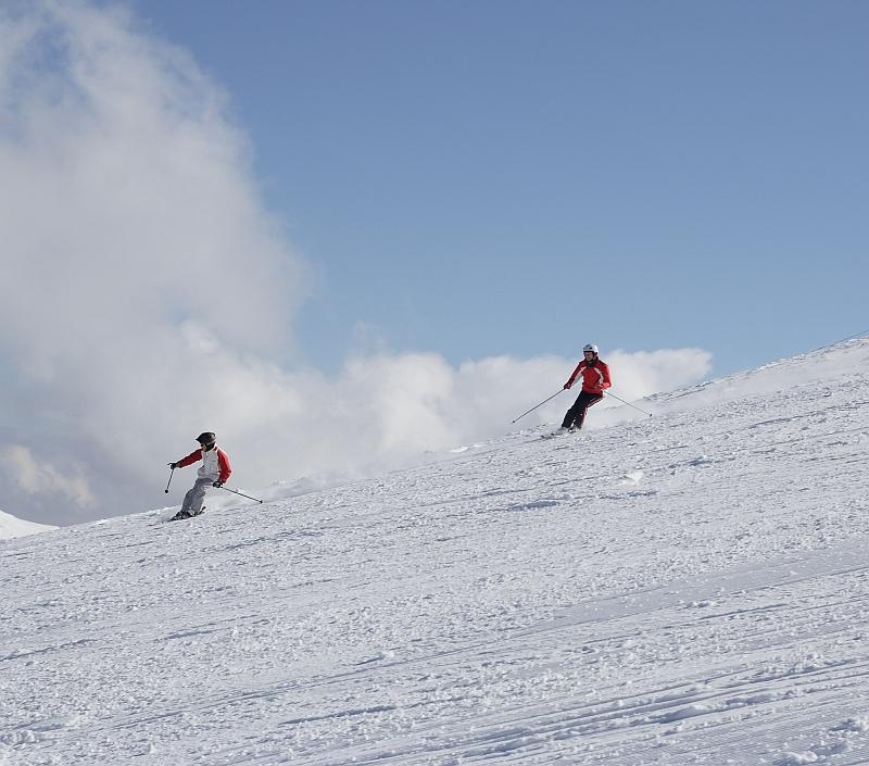 descriptive essay about skiing