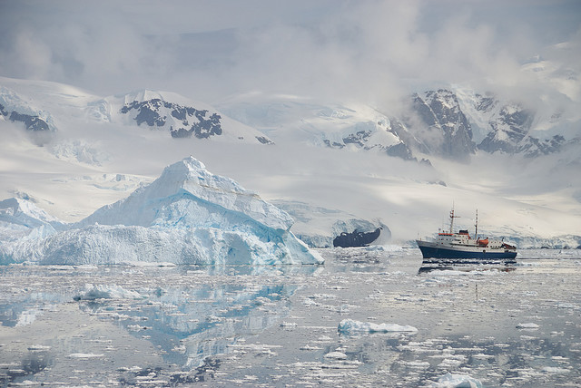 A traveler 39 s guide to visiting antarctica the travel for Best way to travel to antarctica