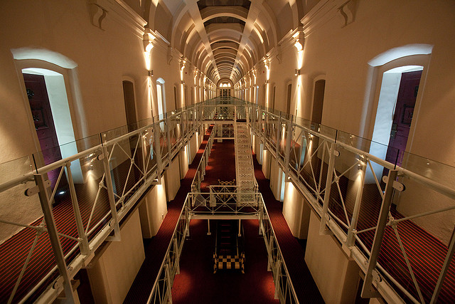 Top 5 most exciting prison hotels from around the world for Hotel in boston that used to be a jail