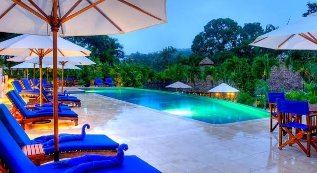 Chaa Creek Lodge - pool view
