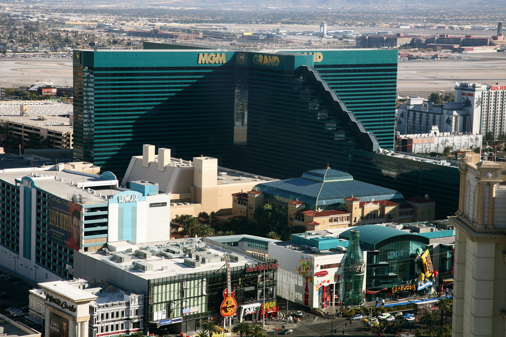 how to get the best deals in vegas