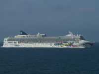 Norwegian Jewel cruise ship