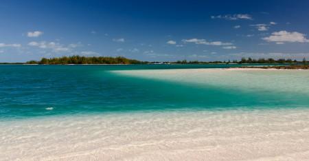 Beachy cay in Cuba