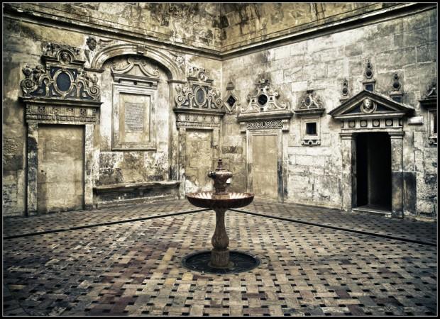 Secret Sanctuary ©Bert Kaufmann