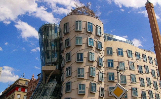 Dancing house ©Russell McNeil