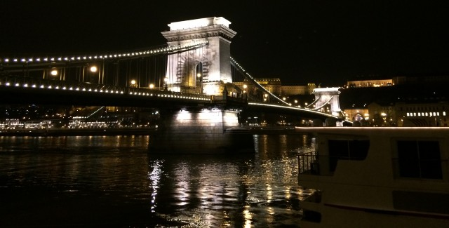 The Chain Bridge with the bank of Danube at night