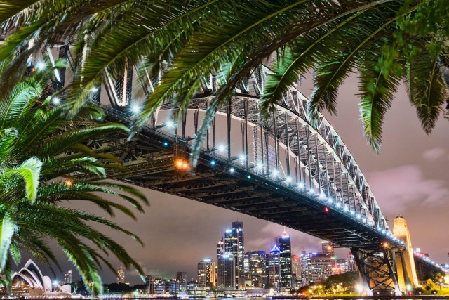 Sydney Harbor Bridge ©Nicki Mannix