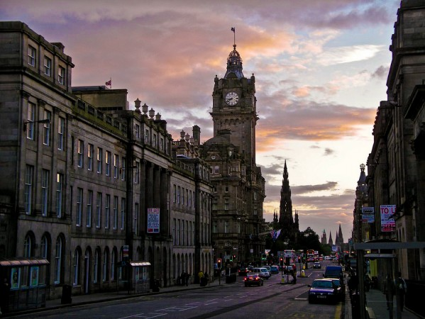 Edinburgh as its finest @Shadowgate/flickr