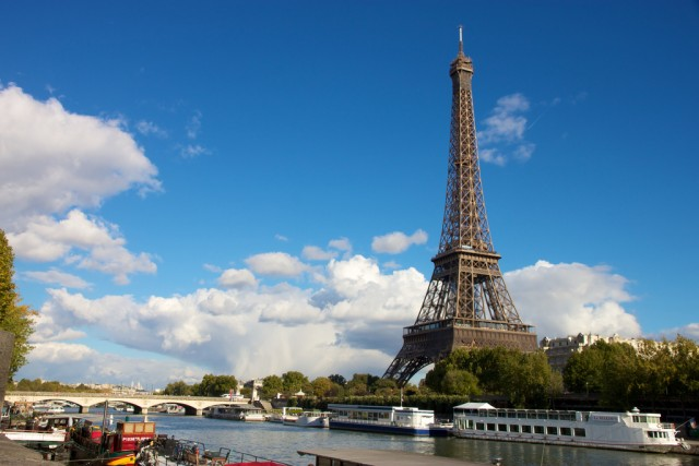 The Eiffel Tower from the Seine ©Jiuguang Wang