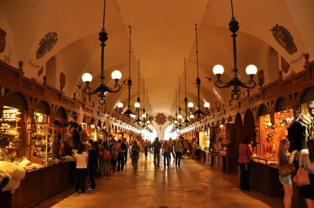 The interior of Krakow Cloth Hall @Jennifer Boyer/flickr