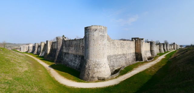 Provins fortifications @Groume