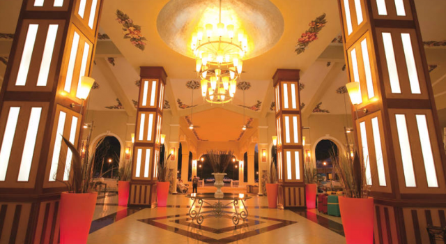 The lobby of Riu Guanacaste resort