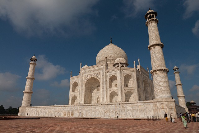 The mighty Taj Mahal as its finest ©sandeepachetan.com travel photography/flickr