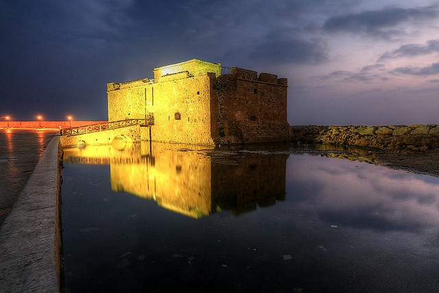 The venerable fortress of Paphos shines bright Tan Yilmaz/flickr
