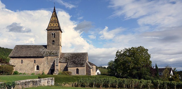 Fixey Romanesque church ©Ron Brindley/flickr
