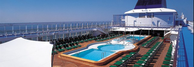 Norwegian Sky - pool view
