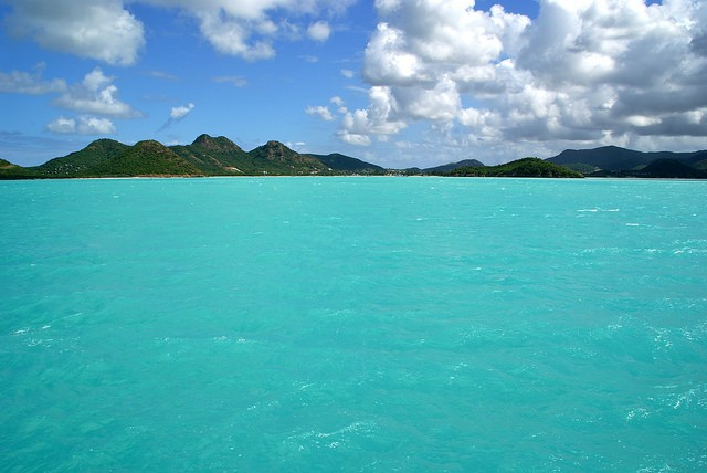 Lying in the middle of the Caribbean, Antigua and Barbuda is famous for its typical sites ©Roman Melnichuk/flickr