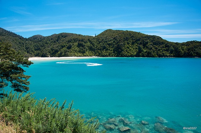 The Abel Tasman Bay as its finest ©IRIS Liu/flickr