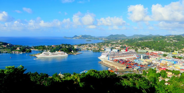 Castries, the capital of Saint Lucia seen from above with its harbor and sights ©Woody Wade/flickr