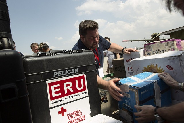 The Canadian Red Cross team in action, bringing supplies for Nepal Canadian Red Cross/flickr