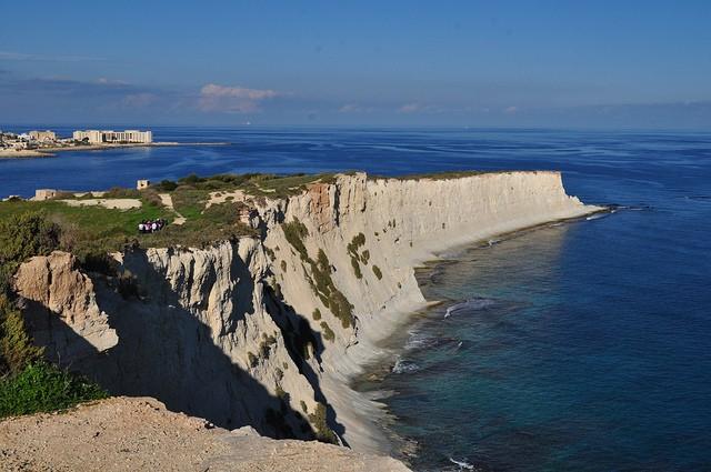 St Thomas Bay, a common example of cliffs in Malta ©Jocelyn Erskine-Kellie/flickr