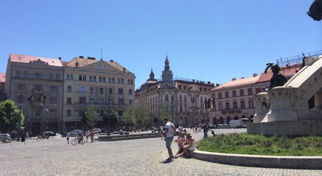 The entire Unirii Square is a popular meeting point for both locals and visitors alike