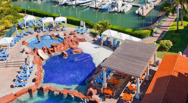 Pool and marina at Hotel Marina El Cid