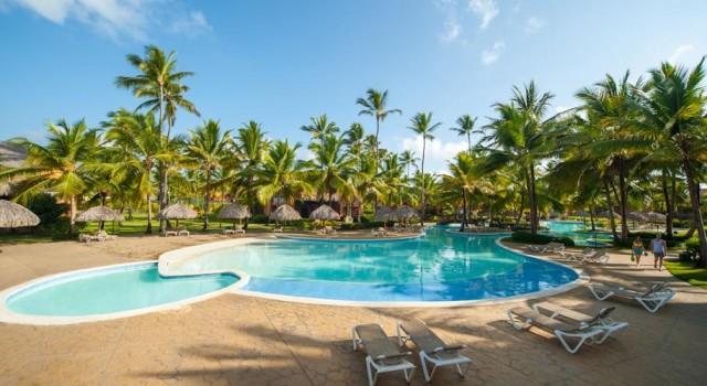 Pool at Tropical Princess Resort