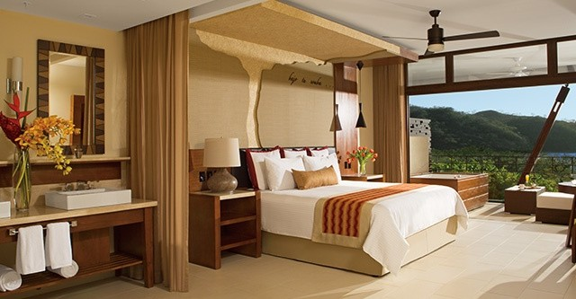 Suite at Dreams Las Mareas Costa Rica