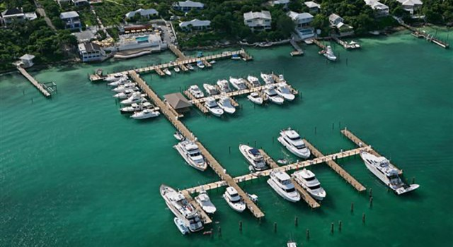 Romora Bay Resort and Marina