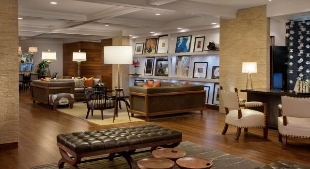The lobby of the Hutton Hotel Nashville