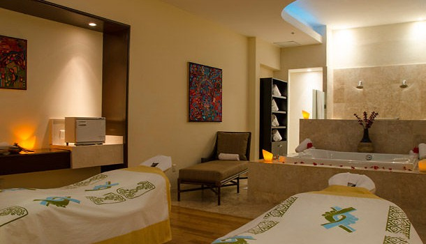 Exclusive spa treatment room at CasaMagna