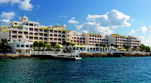 Cozumel Palace luxury hotel