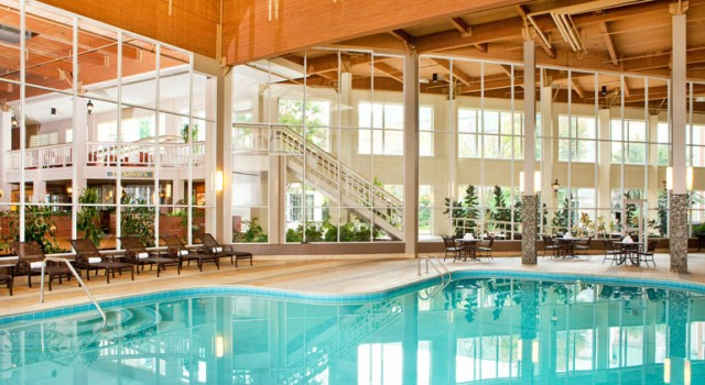 Indoor pool at Sheraton Burlington Hotel