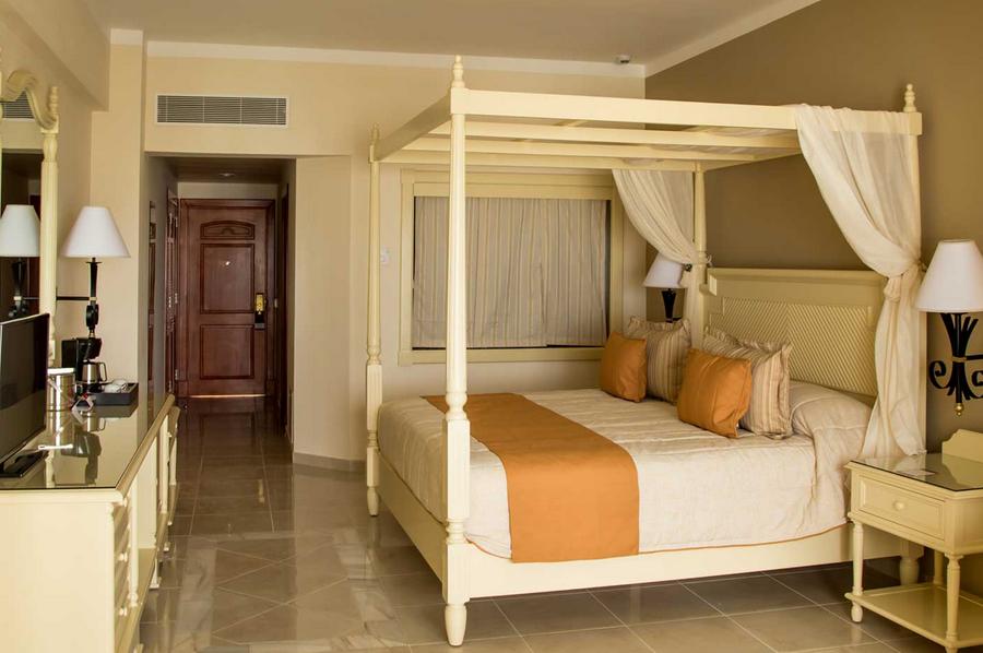 Luxury Bahia Principe Runaway Bay All Inclusive Hotel