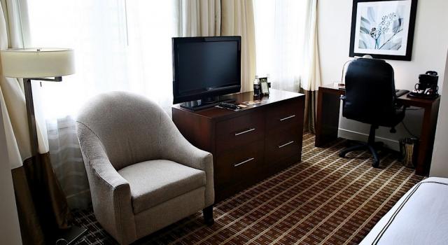Room at The Ellis Hotel