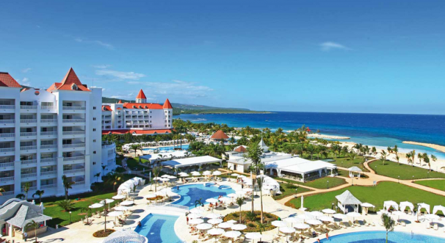 All inclusive luxury hotel in montego bay for 118 the for Alaska airlines vacations all inclusive