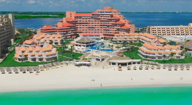 Aerial view of Omni Cancun Hotel and Villas