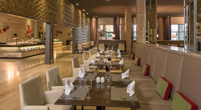 Buffet restaurant Platinum Yucatan Princess