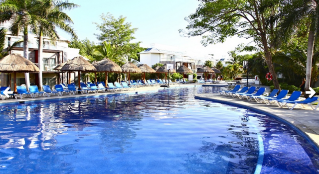 Pool at Sandos Caracol Eco Resort