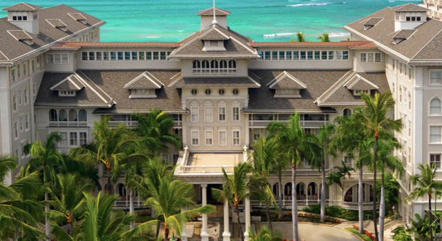 Moana Surfrider Waikiki Beach - A Westin Resort