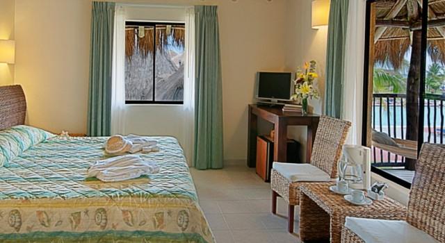 King guest room at Allegro Cozumel Resort