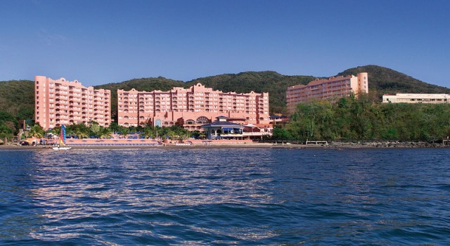 Azul Ixtapa Beach Resort and Convention Center
