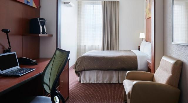 Standard Room at Club Quarters Hotel Philadelphia