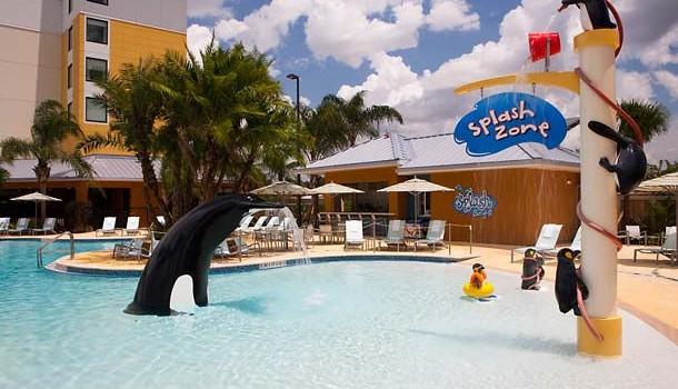 4 star fairfield inn and suites orlando at seaworld for for Garden grove pool fairfield